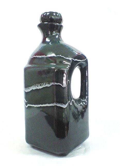 セラミック加工水ボトル2L